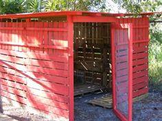 chicken+coop+pallets   Found on backyardchickens.com