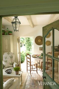 Vintage Interior Design Restored Farmhouse In France - Old World Charm - Marston Luce Design - A restored farmhouse retains an earthy elegance. French Country Living Room, French Country Cottage, French Country Style, Cottage Style, Cozy Cottage, Country Kitchen, Country French Magazine, French Country Fabric, French Cottage Garden