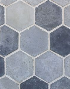 Portland Blend (natural gray, sidewalk and charcoal gray-signature series) Vintage-Laticrete 18 Sauterne Grout