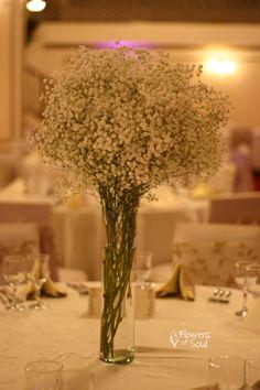Aranjament pentru masă cu floarea miresei albă – Flowers of Soul Wedding Decorations, Table Decorations, Herbs, Flowers, Home Decor, Pray, Decoration Home, Room Decor, Florals