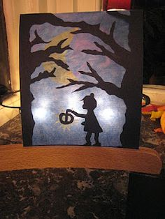 autumn, child with lantern and trees Herbst, Kind mit Laterne und Bäumen Holidays Halloween, Halloween Kids, Halloween Crafts, Halloween Decorations, Christian Calendar, October Art, Waldorf Crafts, Paper Cut Design, Easy Fall Crafts