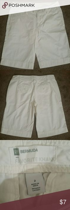 GAP white Bermuda shorts DETAILS: GAP Bermuda Favorite Khaki, almost completely pristine and beautiful white. --- MATERIALS: Coming Soon! --- MEASUREMENTS: Coming Soon! --- CONDITION: Like New  --- CONCERNS: a few small problems spots shown in the 4th picture, really tiny. --- ***I welcome all offers and do 10% off 2 item bundles!*** GAP Shorts Bermudas