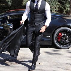 Men Clothing Wicked 25 Best Formal Men's Clothing www. White pants are certainly worth the upkeep. Men ClothingSource : Wicked 25 Best Formal Men's Clothing www. White pants are certai. Black Suit Men, Mode Costume, Look Man, Designer Suits For Men, Herren Outfit, Mens Fashion Suits, Men's Fashion, Fashion Boots, Formal Fashion