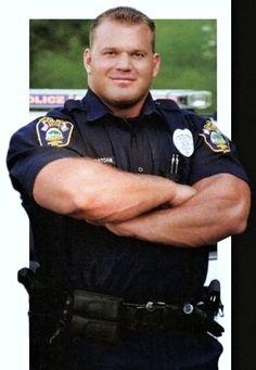 strong man - cop