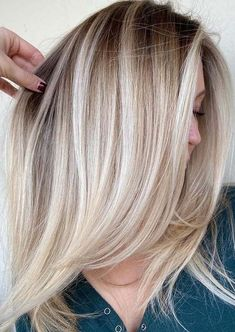 Awesome Blonde Balayage Hair Color Combo in Year 2021