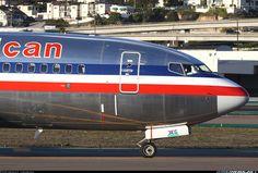 Boeing 737-823; San Diego, CA, USA