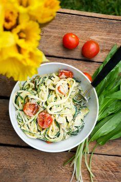 Rezept für Low Carb Zucchininudeln mit Bärlauch