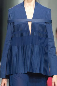 The devils in the detail at@LeaPeckre#SS16 #PFW