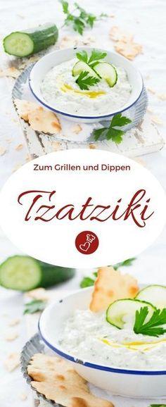 Dip Rezepte, Grillen Rezepte: Rezept für Tzatziki von herzelieb. Dieser herrlich würzige Dip ist superschnell gemacht und so lecker, dass man gleich zwei Portionen machen kann. Es darf beim Grillen nicht fehlen! Tzatziki mit Quark schmeckt auch zum Salat! #dip #salat #quark