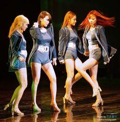 120909 KARA Nicole, Jiyoung, Gyuri & Hara