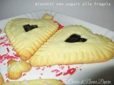 Biscotti con yogurt alla fragola per San Valentino