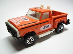 Image from http://vignette4.wikia.nocookie.net/matchbox/images/4/46/1983_Baja_Bouncer.jpg/revision/latest?cb=20110302062244.