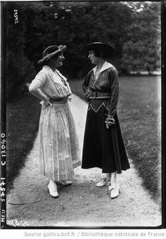 Modes au Bois, 1920