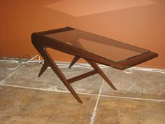 "1stdibs.com | Argentine Mid-Century Modern ""Mesita Relampago"" Coffee Table"