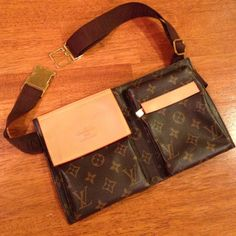 LV travel pouch belly bag Louis Vuitton belly bag waist pouch travel bag mini adjustable belt. Perfect for travel, will fit keys, small wallet, phone and ID. Louis Vuitton Bags Mini Bags