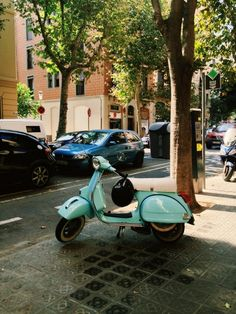 I want this scooter in this color!