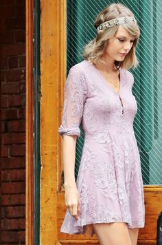 Taylor Swift leaving her apartment in New York. 13/07/15