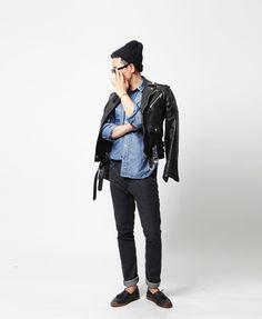 demin shirt // black skinnies // leather rider jacket // black beanie My style!