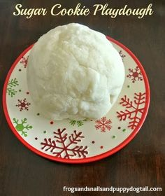 Sugar Cookie Playdough Recipe by FSPDT {makes the house smell like you have been baking}