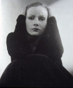 Edward Steichen, probably THE  picture of Garbo