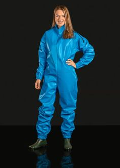 Sail Overall - Farmerrain - Yrkeskläder Hazmat Suit, Rain Fashion, Rubber Raincoats, Rain Suit, Plastic Raincoat, Rain Gear, Piece Of Clothing, Catsuit, Suits For Women