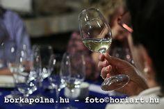 Borkápolna White Wine, Alcoholic Drinks, Alcoholic Beverages, White Wines, Alcohol