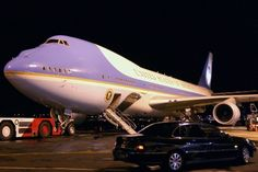 The White House Flip Side, March 2018 - Conservative Daily News Us Air Force, Air Force Ones, Boeing 747 400, Willemstad, Civil Aviation, Aircraft Pictures, New Pictures, Daily News, Usa