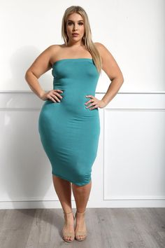 Detail View 2 : CECE PLUS SIZE MIDI TUBE DRESS
