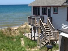 Charming Lakefront Cottage in the Indiana Dunes - VRBO