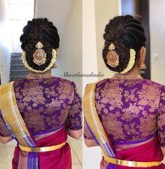 indian wedding hair New Fashion High Hair Updo Ideas Bridal Hairstyle Indian Wedding, Bridal Hair Buns, Bridal Hairdo, Hairdo Wedding, Indian Wedding Hairstyles, Indian Hairstyles For Saree, Saree Wedding, Wedding Suits, Trendy Wedding