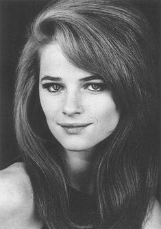 "The photo ""Charlotte Rampling"" has been viewed 620 times. Charlotte Rampling, Isabelle Adjani, Timeless Beauty, Classic Beauty, English Actresses, Actors & Actresses, Mary Kate Olsen, Sixties Hair, Most Beautiful Women"