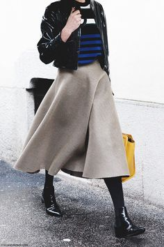 midi skirt and stripes