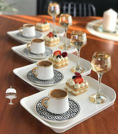Crepe Cafe, Coffee Presentation, Breakfast Photography, Flavor Ice, Food Decoration, Food Platters, Middle Eastern Recipes, Home Food, Food Crafts