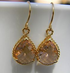 Champagne Peach and Gold Earrings- Bridesmaid Earrings -Wedding Earrings-Gift For Her
