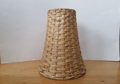 Small woven wicker lamp shade (8 1/2 inches tall) / tapered rattan lamp shade Wicker Lamp Shade, Rattan Lamp, Vintage Lamps, Vintage Items, Light Shades, Desk Lamp, Beautiful, Home Decor, Tejidos