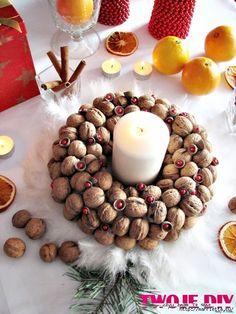 рождественский венок из грецких орехов (8) (525x700, 304Kb)