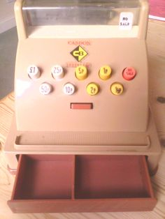 Loved pressing the little button that shot the till out :) hours of fun playing shops