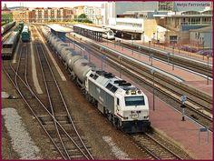 Tren Bio saliendo de Salamanca