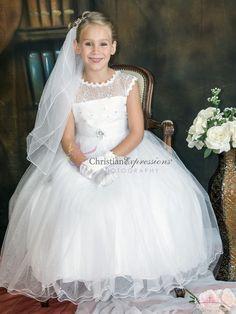 First Communion Veils, Girls Communion Dresses, Girls Dresses, Flower Girl Dresses, Lace Bodice, Ruffle Dress, Dresses For Sale, Sequins, Gloves