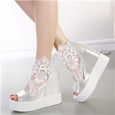 Where can you buy women sandals? Ericdress does offer you various cheap sandals such as silver sandals, black sandals, etc. Fashion Sandals, Fashion Boots, Sneakers Fashion, 50 Fashion, Fashion Styles, Fashion Online, Pretty Shoes, Cute Shoes, Lace High Heels