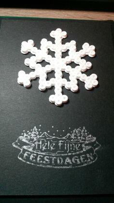Kerstkaart met strijkkralen
