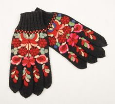 Hallingdal Museum, broderte pulsvanter fra Hallingdal - Norway Russian Fashion, Russian Style, Mittens, Norway, Museum, Embroidery, History, Folklore, Sweden