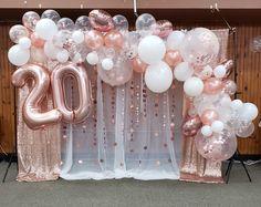 White Party Decorations, Graduation Party Themes, Birthday Balloon Decorations, Birthday Backdrop, Birthday Balloons, Moms 50th Birthday, Gold Birthday Party, 40th Birthday Themes, Birthday Ideas
