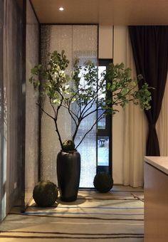 Modern Hallway Ideas from the Best Interior Designers Ikebana, Zen Interiors, Casa Loft, Modern Hallway, Zen Style, Chinese Design, Chinese Style, Japanese Interior, Chinese Interior
