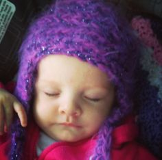 A Pinklady violet hat for the lovely young Ms. Violet.