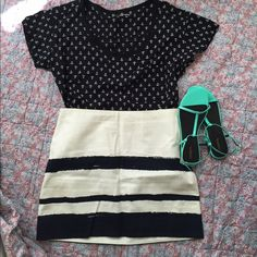 Anchor Blouse Fits a little larger than a typical small. Very forgiving. Looks adorable with shorts or tucked into a skirt. GAP Tops Blouses