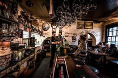 Kelly's Cellars | 15 Jaw-Dropping Belfast Bars That You Need To Visit