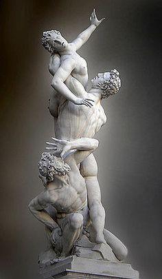 Enlèvement des Sabines (1574-82) par Giambologna, dans la Loggia dei Lanzi, à Florence