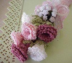 Crochet Flowers - Free Patterns for Crochet Flowers