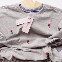 Diy Embroidery Shirt, Herb Embroidery, Diy Embroidery Designs, Basic Embroidery Stitches, Floral Embroidery Patterns, Hand Embroidery Videos, Embroidery Suits Design, Embroidery On Clothes, Embroidered Clothes
